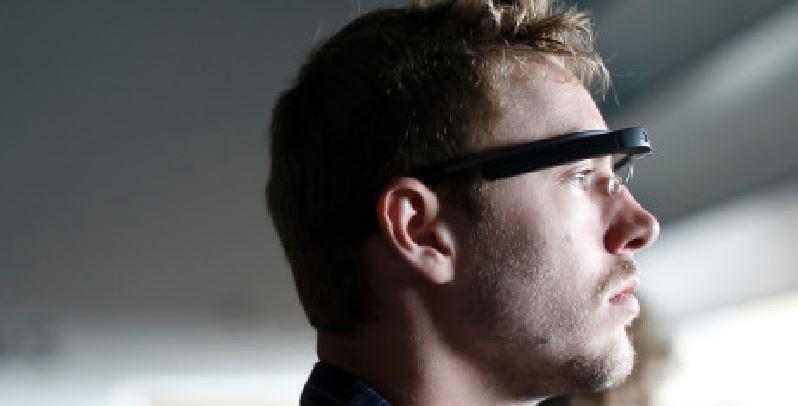 Apple news 2016: occhiali digitali per iPhone, al lavoro sul progetto