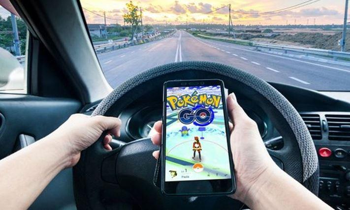 Pokemon Go alla guida: uccide una donna, condannato a 14 mesi di prigione