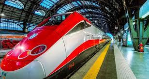 I treni fanno marcia indietro: aumenti degli abbonamenti dimezzati